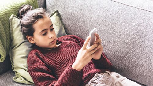 kids use whatsapp messages-2