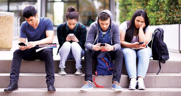 10 Popular Social Media Apps for Teenagers and Their Effects