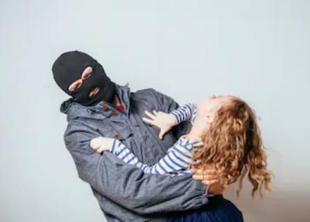 Exposes kids to child predators