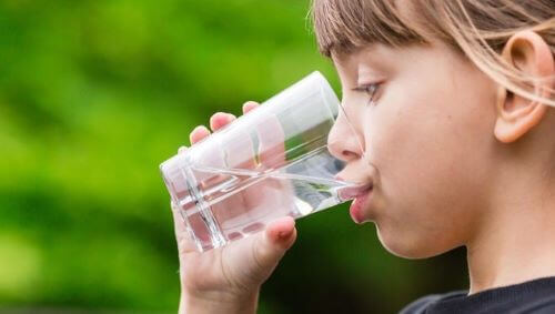 Solution to Childhood Obesity - Drinnk More Water