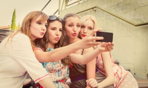 things-about-teen-selfies