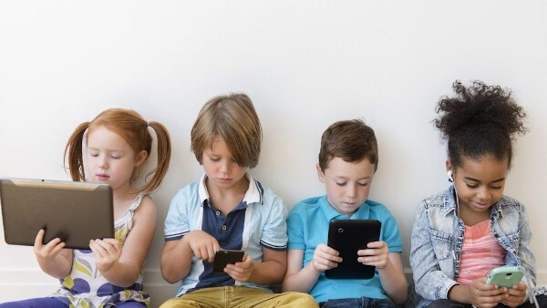 Modern parenting issue - impact of gadgets