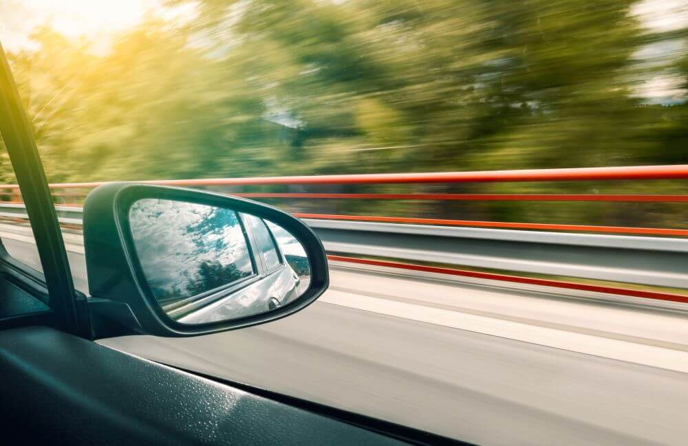 tips for driving test - check the position of the mirror
