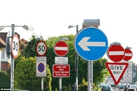 hightway driving tips - take a look at road signs