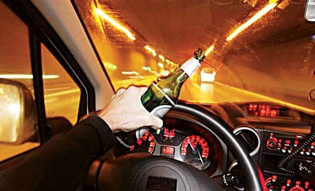 teen drinking and driving - teens following parentes