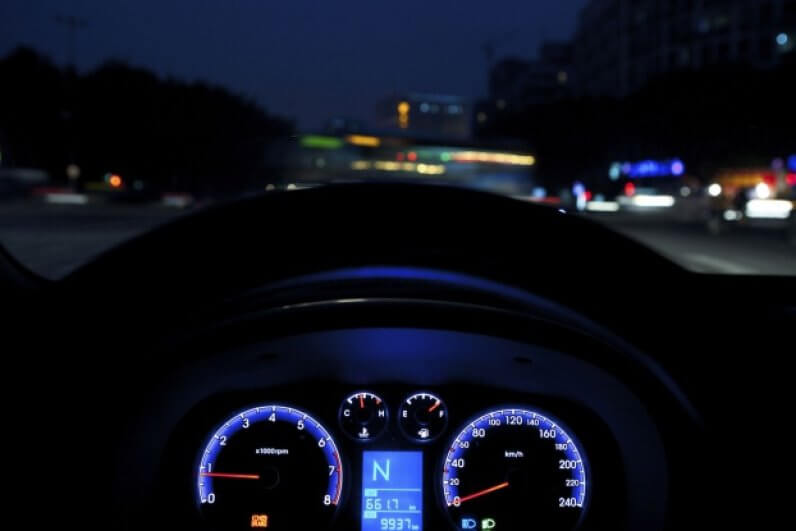 teen driving statistics - young driver prefer driving at night