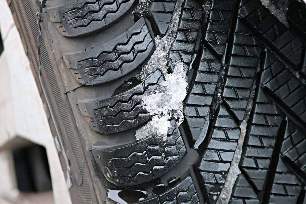 tips for driving in the snow - winterize your vehicle