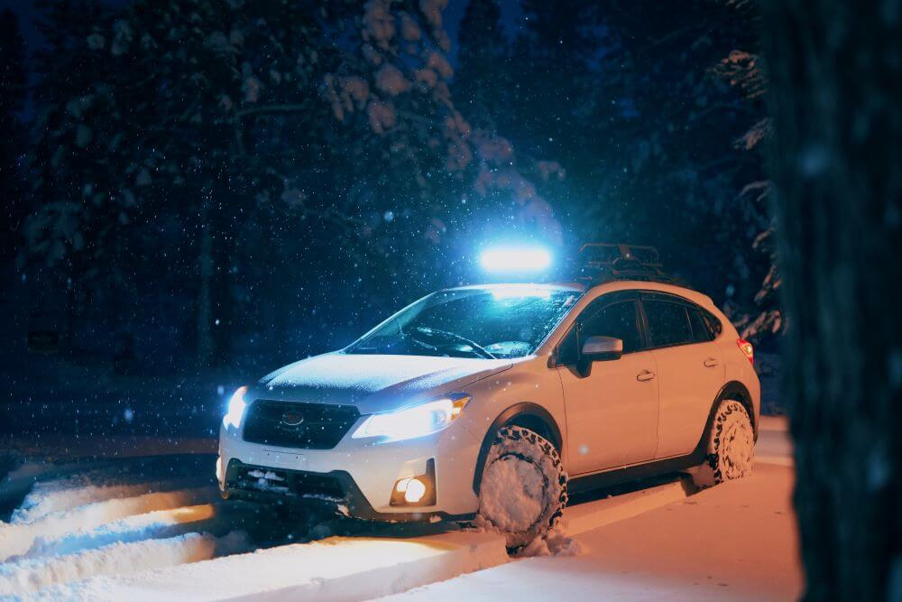 tips for driving in the snow - focus on driving smoothly