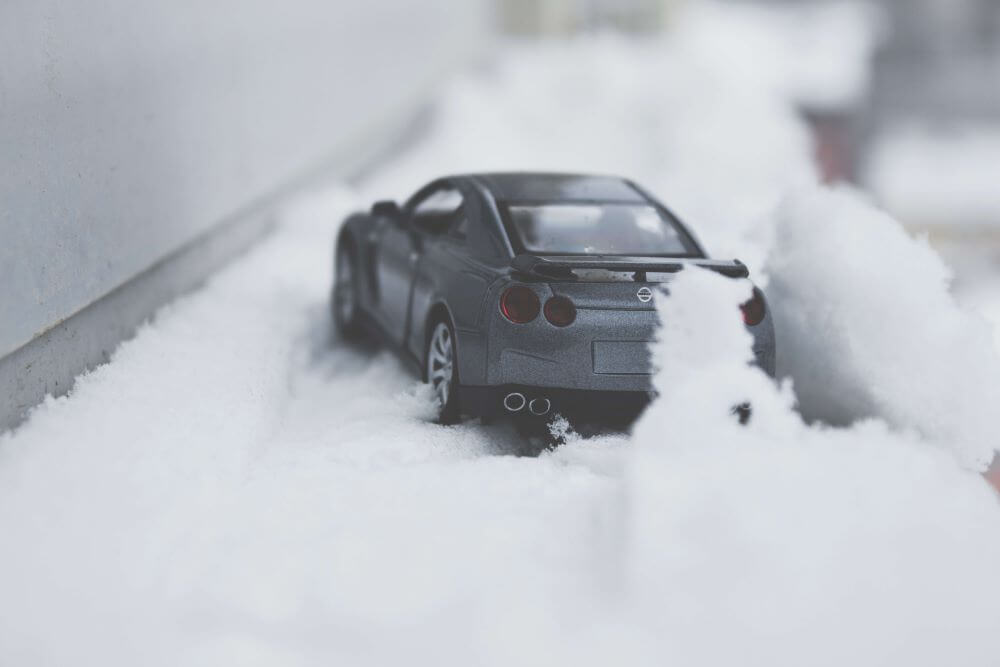 tips for driving in the snow - ready to pull a skid
