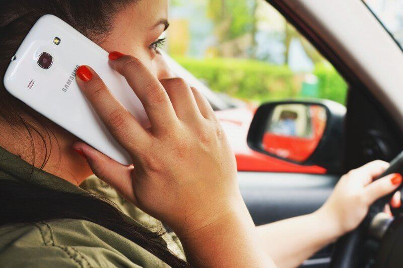 defensive driving - get rid of distraction