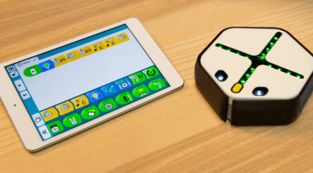 educational robot for kids - roots