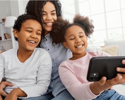 manage kids' phone usage