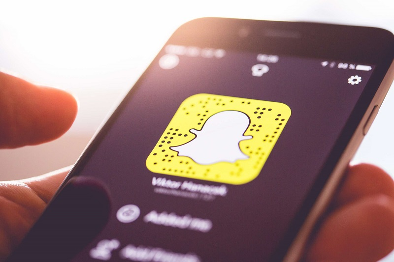 Everything a Parent Needs to Know About SNAPCHAT